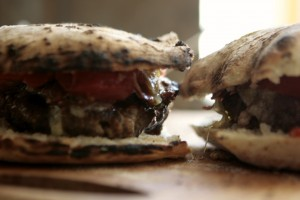 What makes a great burger bun? Something that doesn't fall apart. Pizza Bun Burger does the job!