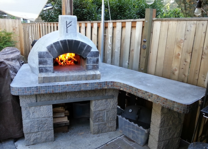 Casa Wood Fired Oven – Stucco by Barker