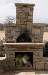 beautiful stonework around pizza oven