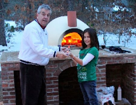 Primvera70 Countertop Outdoor Pizza Oven in Winter