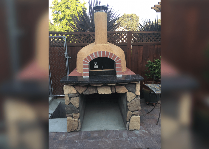 casa110-customer-stucco with brick arch
