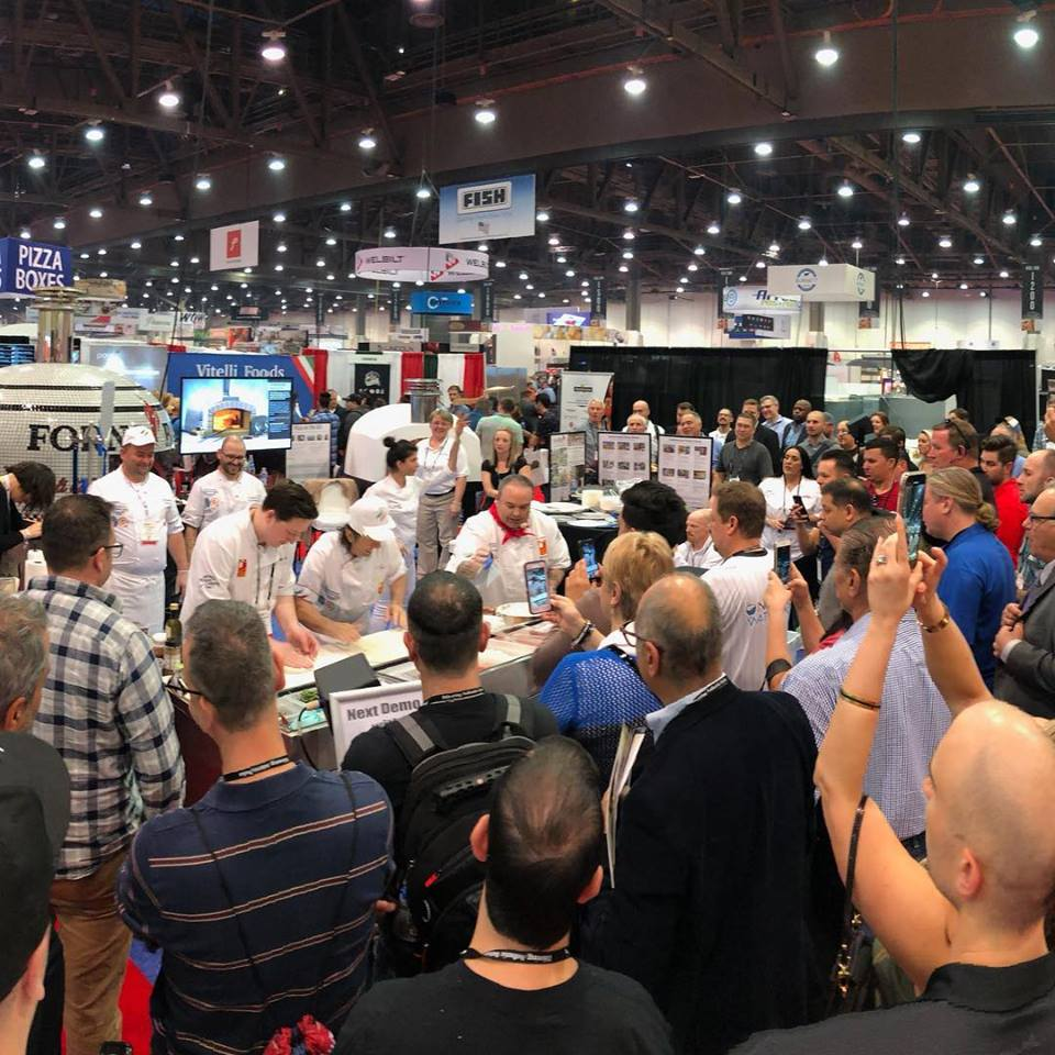 Chefs-Pizza Expo-Wood Fired oven-crowd