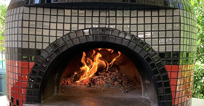 Napolino60 pizza oven with fire