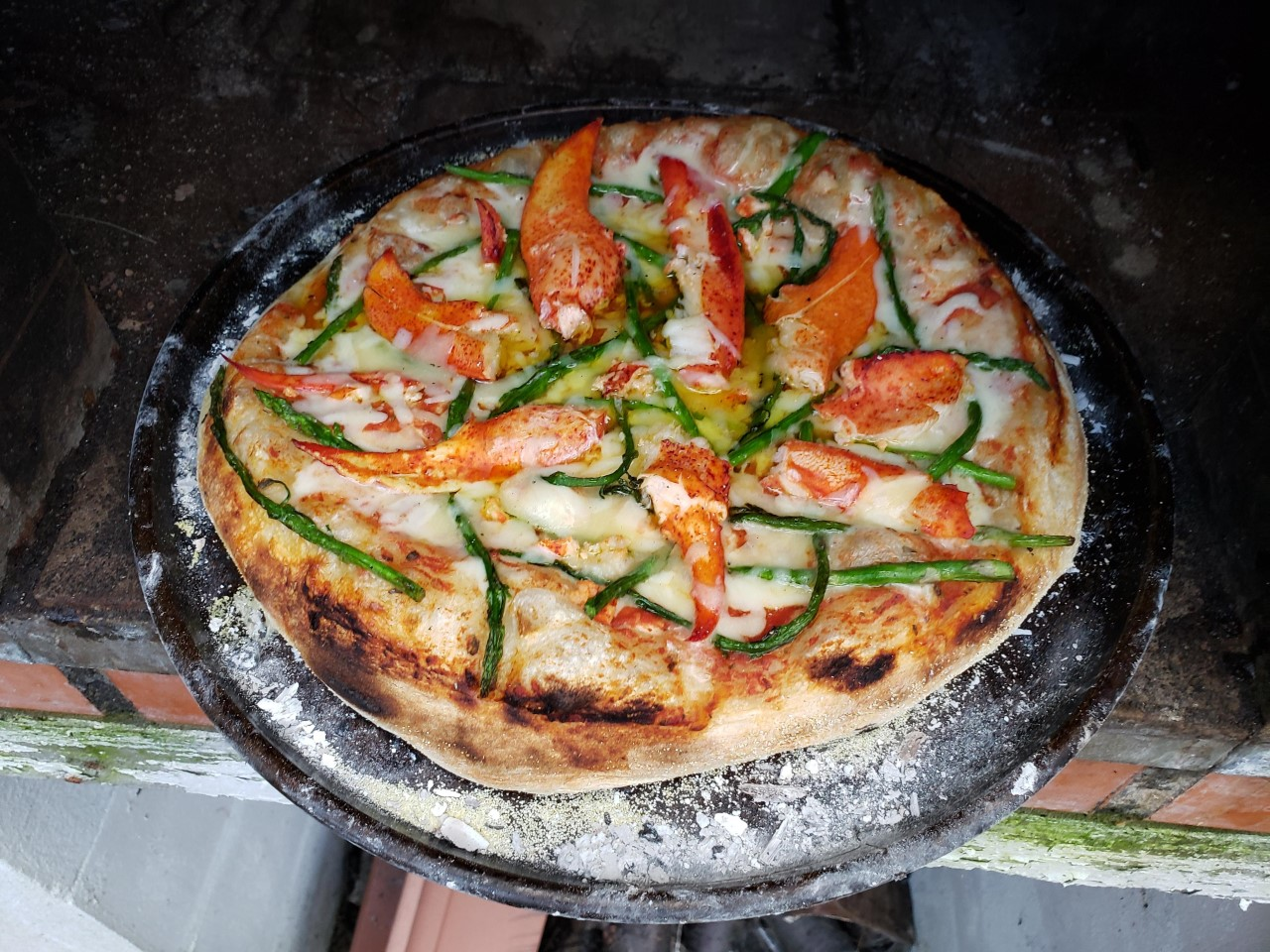 Lobster and Asparagus on Pizza
